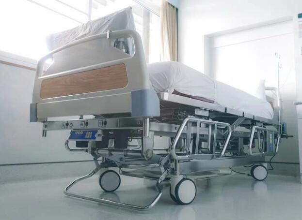 What are the Differences between Medical Beds and Adjustable Beds?